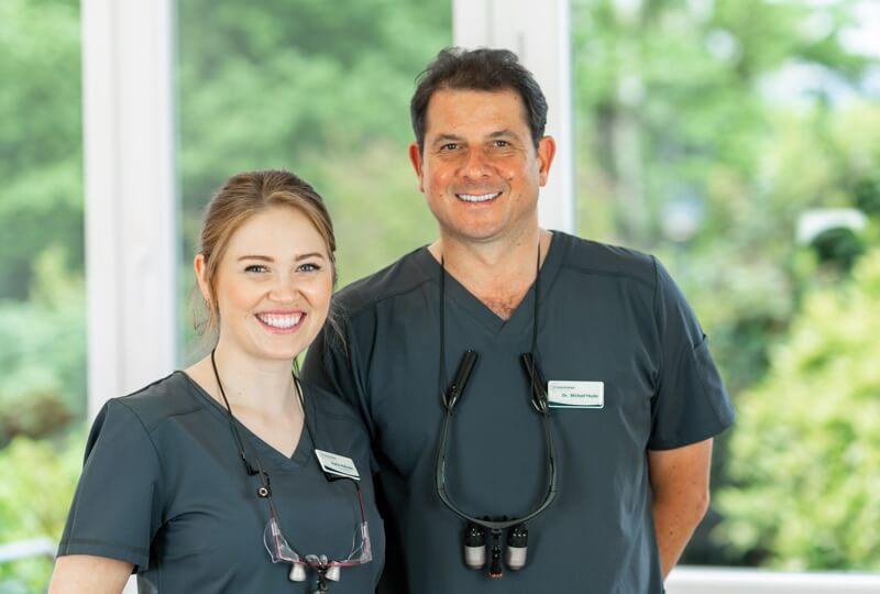 Zahnärzte überweisen Patienten an Praxis Dr. Haske aus Siegburg
